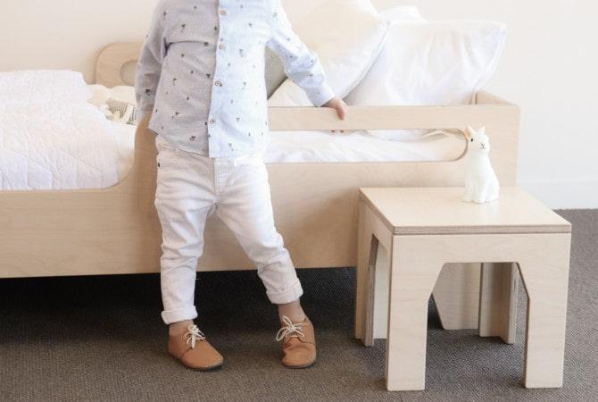 Детская кровать из березы